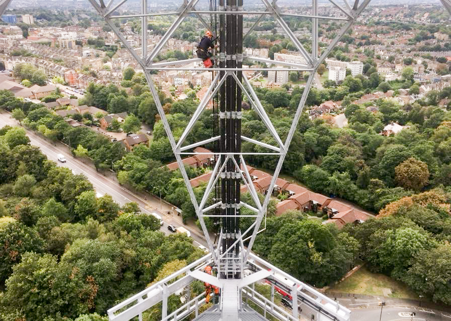 Lars Communications antenna rigging